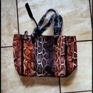 NEW Sam Edelman Snake Print purse w zippers